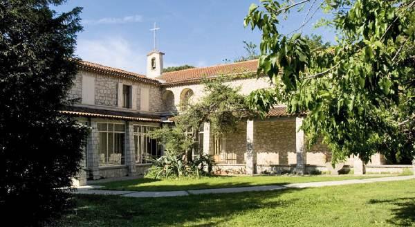 Maison de retraite nimes download hd wallpapers maison de for Ma maison nimes
